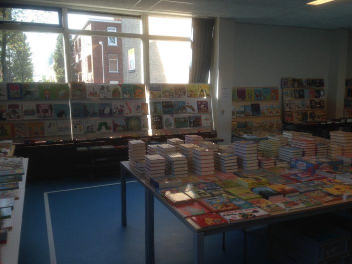 Licht beschadigde boeken kopen handel